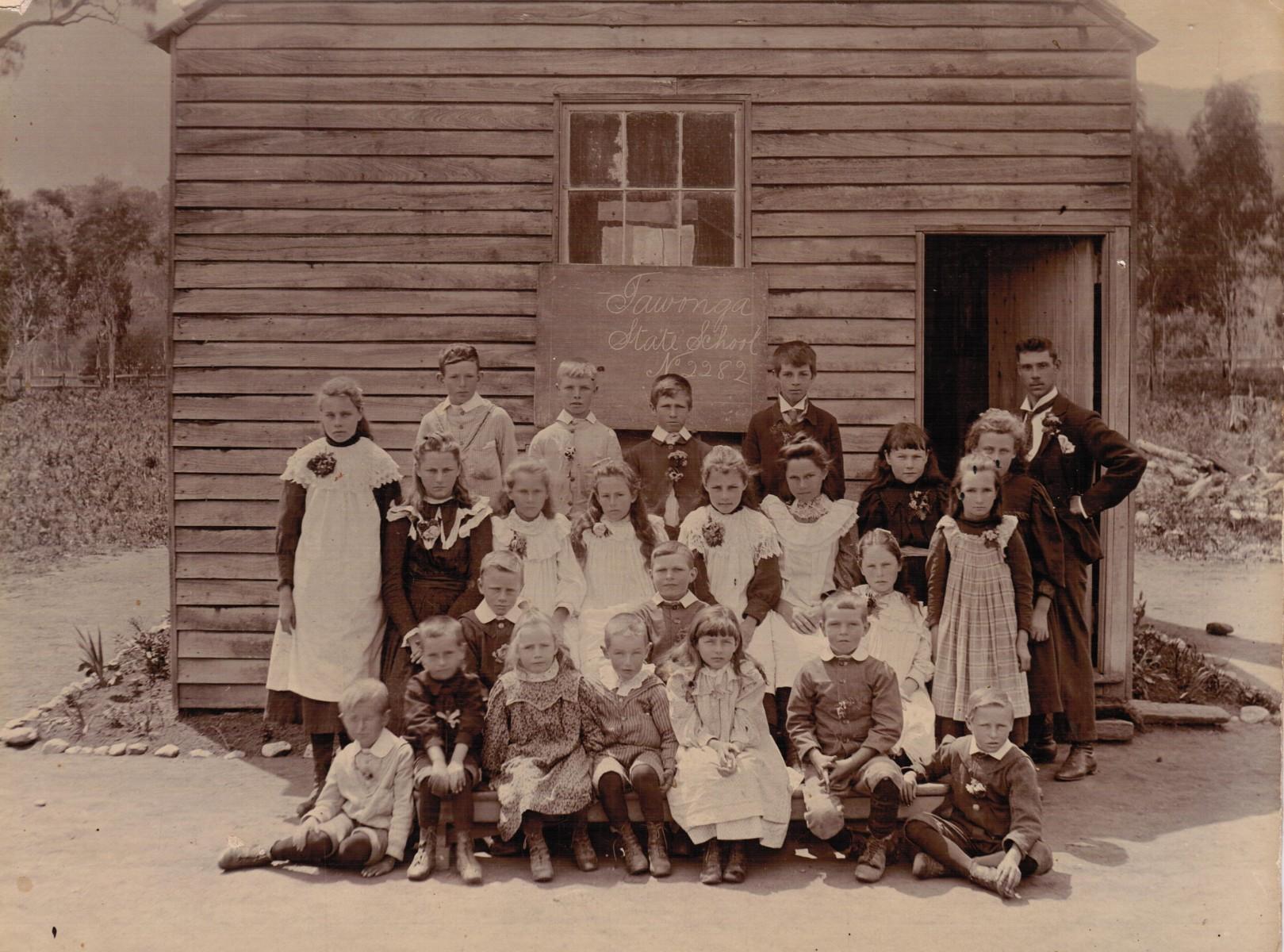 1st-school-Tawonga-1899-002