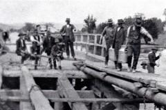 Ryders-Bridge-damaged-by-floods-002