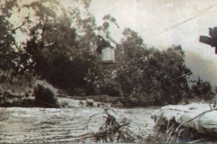 flying-fox-over-kiewa-river-near-damaged-bridge-timbers